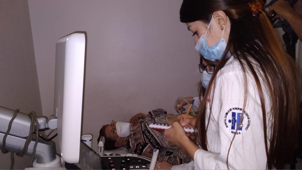 Realizan jornada extraordinaria de ultrasonidos Dopller y Prostático