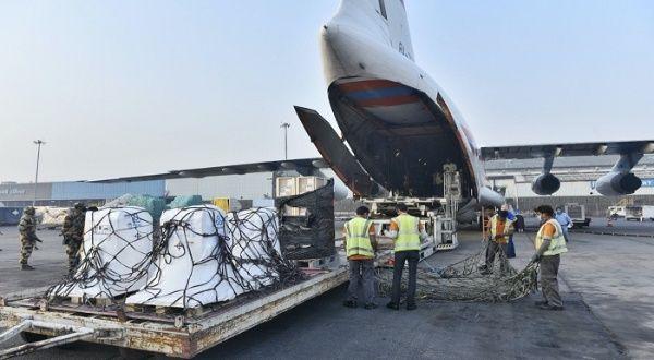 Rusia envía ayuda de suministros antiCovid a la India