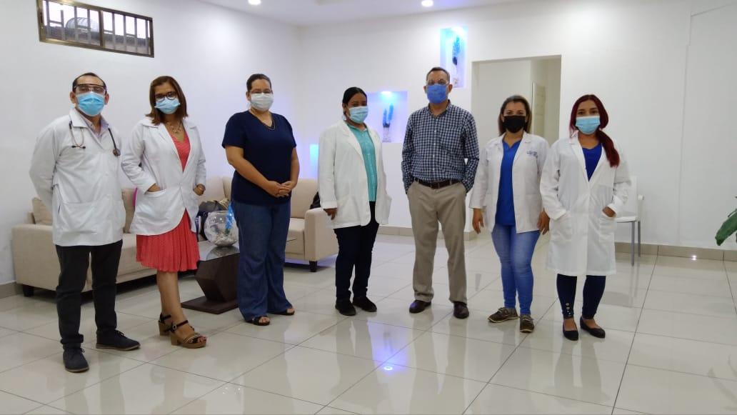Centro Médico Selston es inaugurado oficialmente por una joven bioanalista