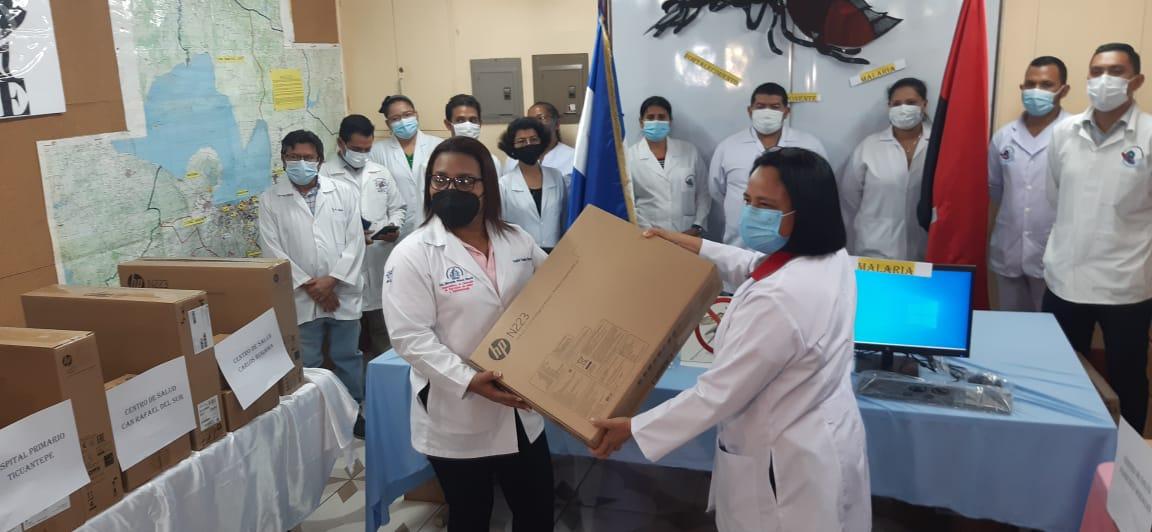 Minsa entrega equipos tecnológicos para fortalecer prevención de la malaria