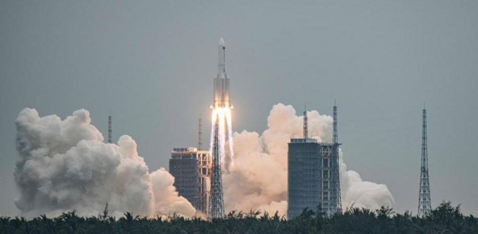 Restos de un cohete chino podrían impactar zonas habitadas