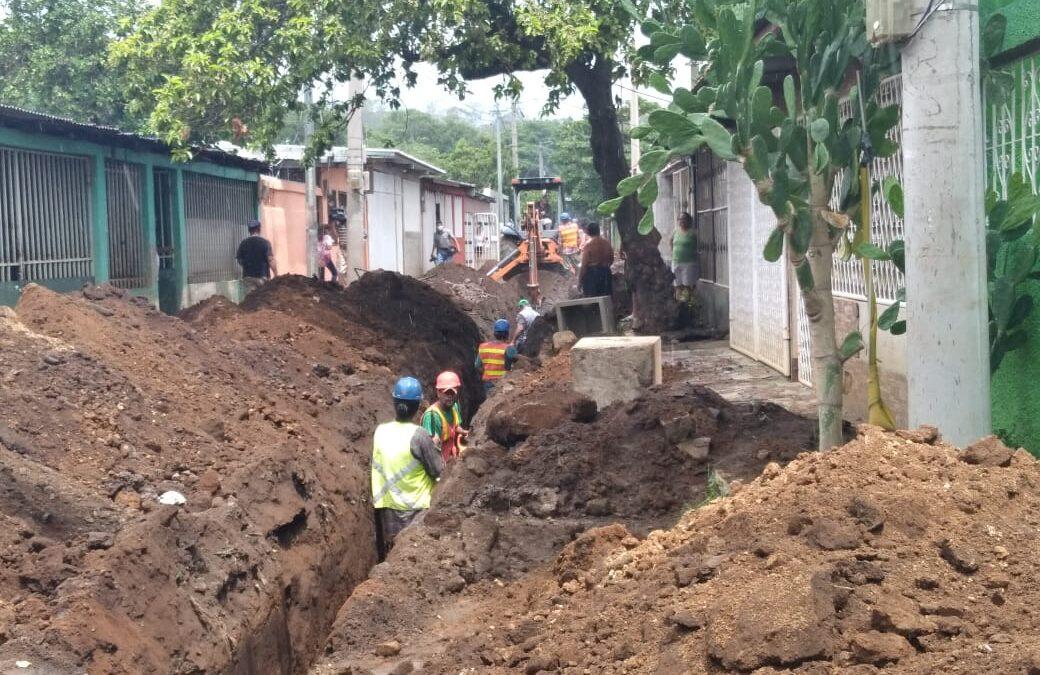 Alcaldía desarrolla proyectos que beneficiarán a familias de Batahola Sur