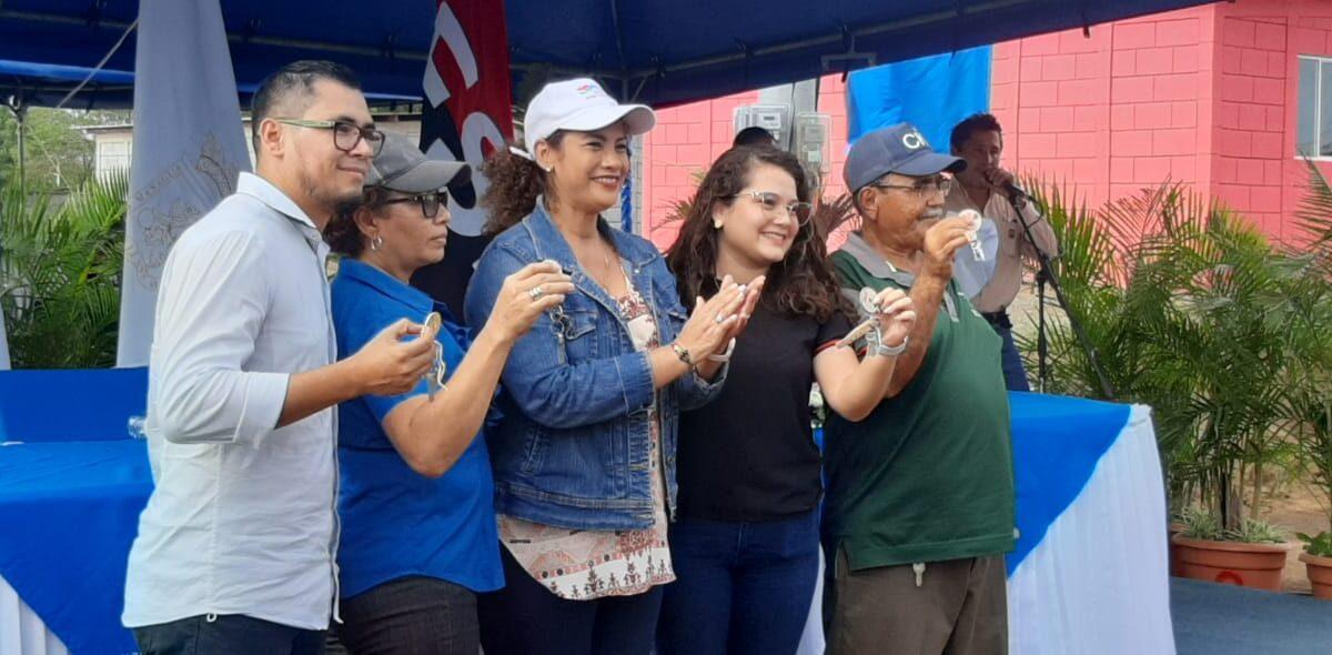 Proyecto Bismarck Martínez entrega 100 nuevas viviendas en Managua