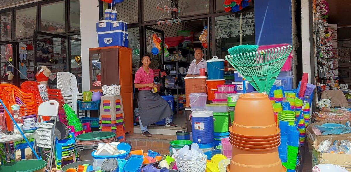 Comerciantes del mercado Oriental se preparan con promociones para papá