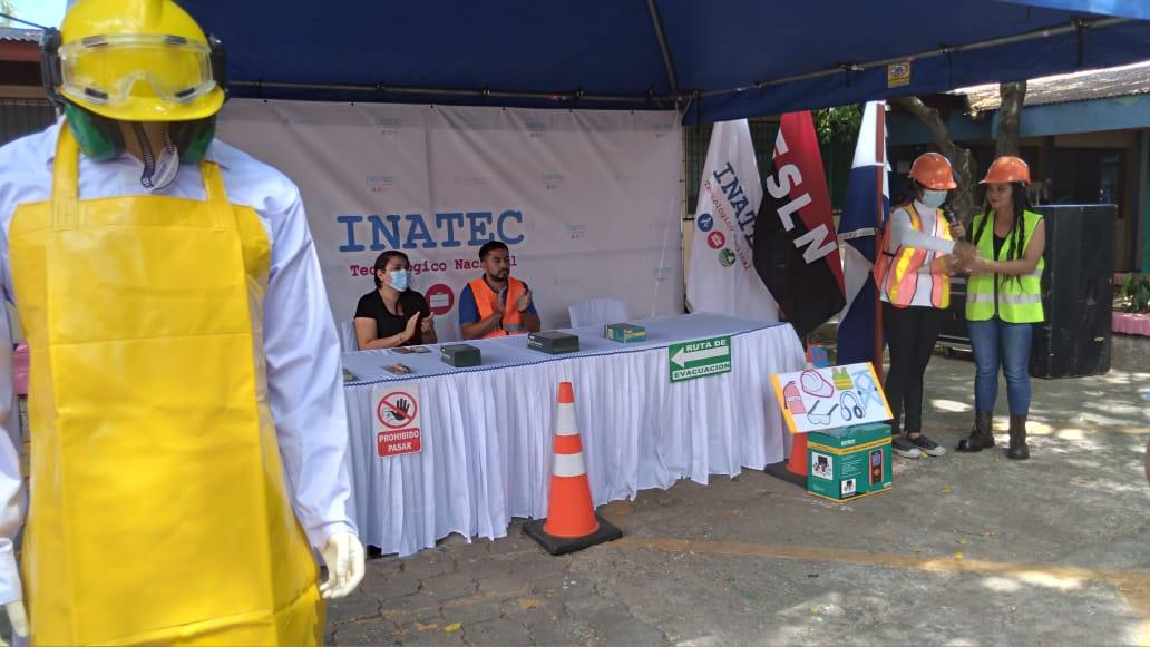 Estudiantes del tecnológico Hugo Chávez reciben equipos de protección personal