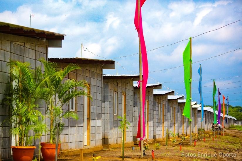 Gobiernos locales entregarán más de 2 mil 300 lotes de terreno y 857 viviendas esta semana