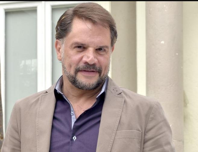 El actor Héctor Parra es arrestado por presuntos abusos a su hija