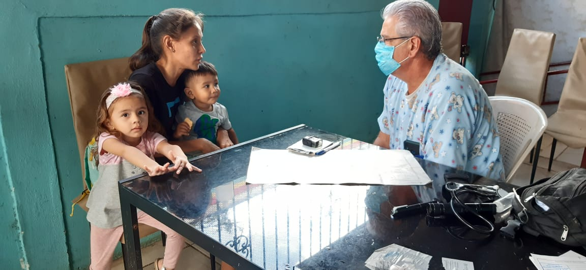 Médicos recomiendan cuidar a los niños por inicio del invierno