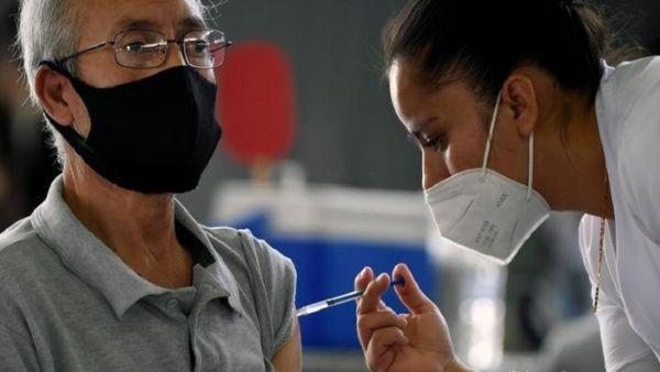 México reporta inmunización del 29% de adultos contra la Covid-19