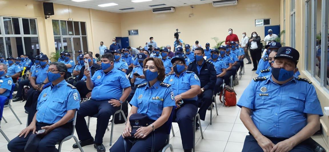 Oficiales de la Policía Nacional inician diplomado sobre Seguridad Ciudadana
