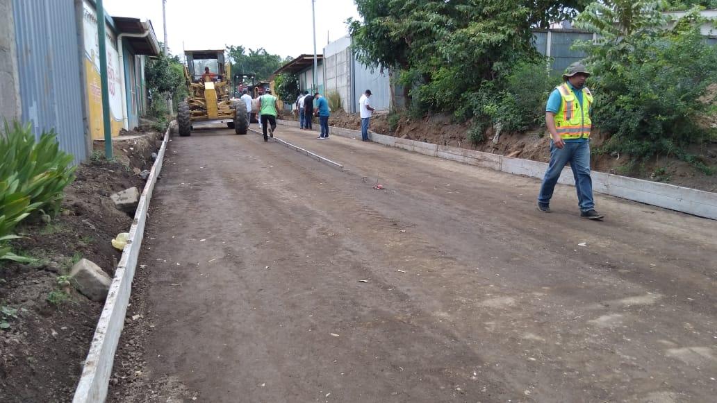 Realizan obras de drenaje y mejoramiento vial en Managua