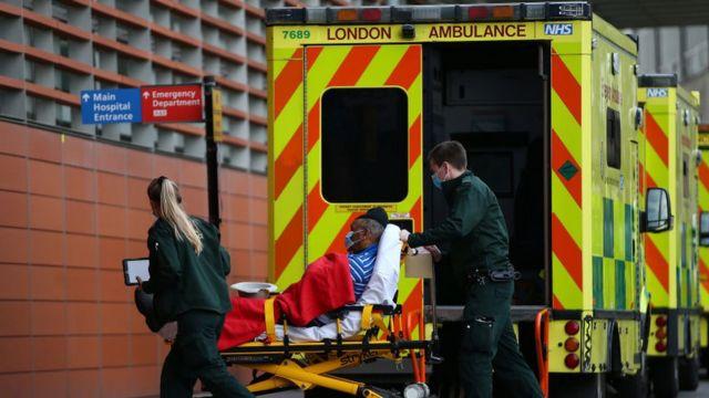 Reino Unido registra nuevos casos positivos de Covid-19