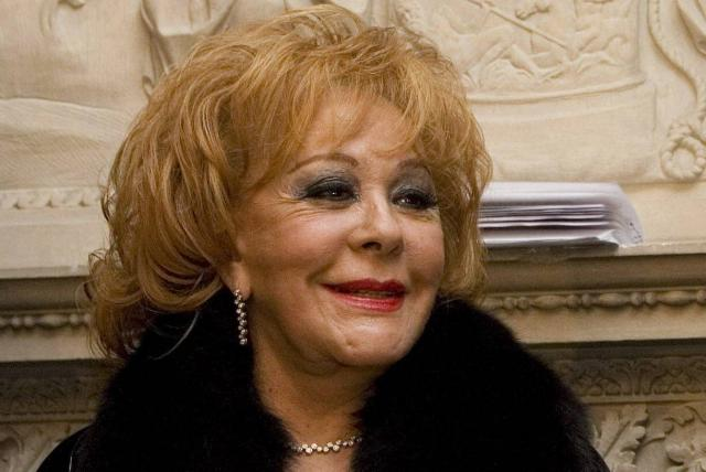 Silvia Pinal es hospitalizada por estudios de rutina