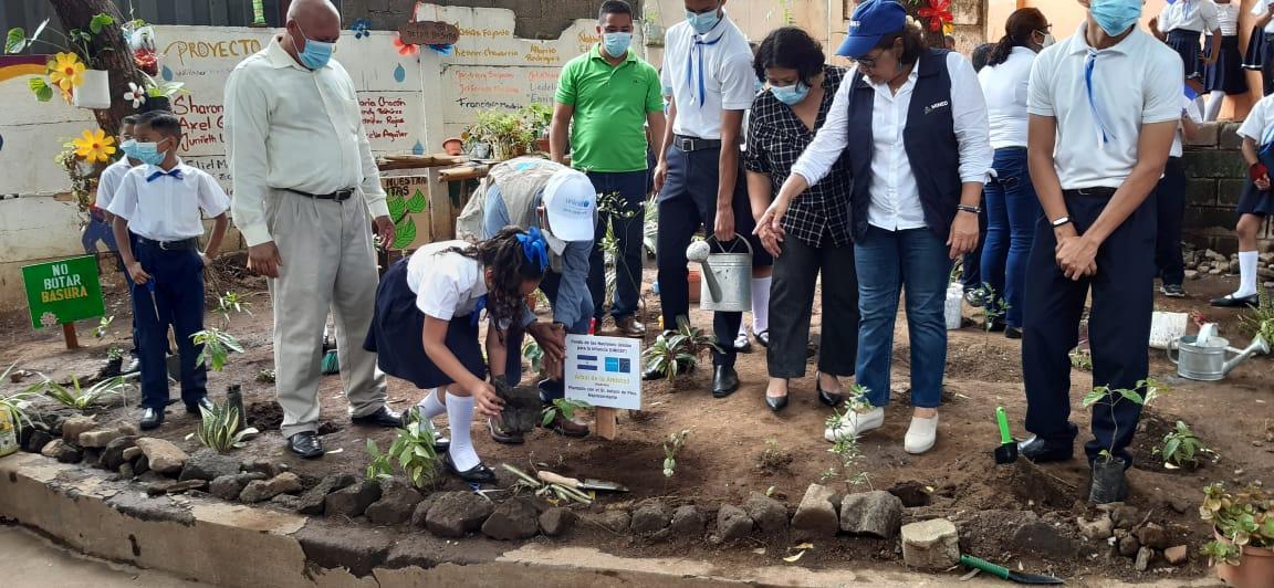 Unicef seguirá apoyando reforestación en escuelas de Nicaragua