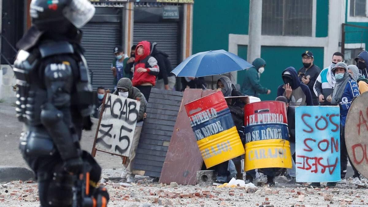 Al menos dos muertos y varios heridos dejan manifestaciones en Bogotá