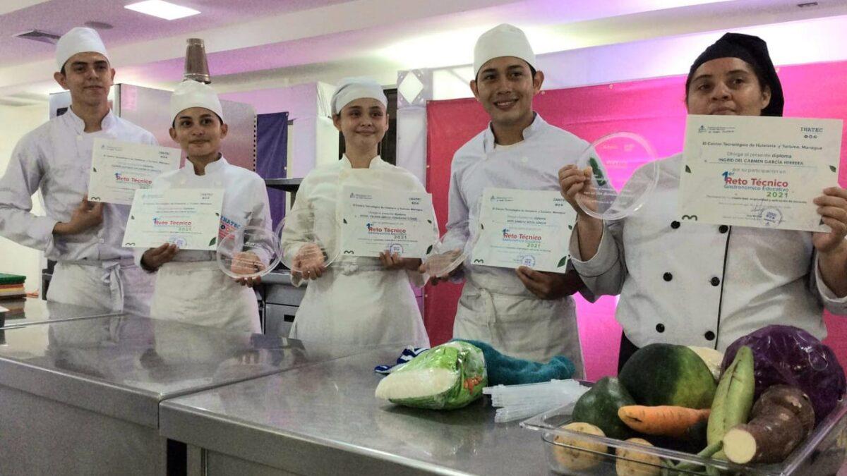Técnicos en Cocina demuestran sus habilidades en Reto Gastronómico de Inatec