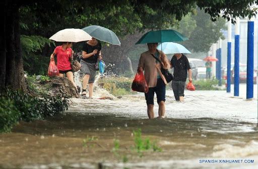 Activan alarmas de emergencia por intensas lluvias en China