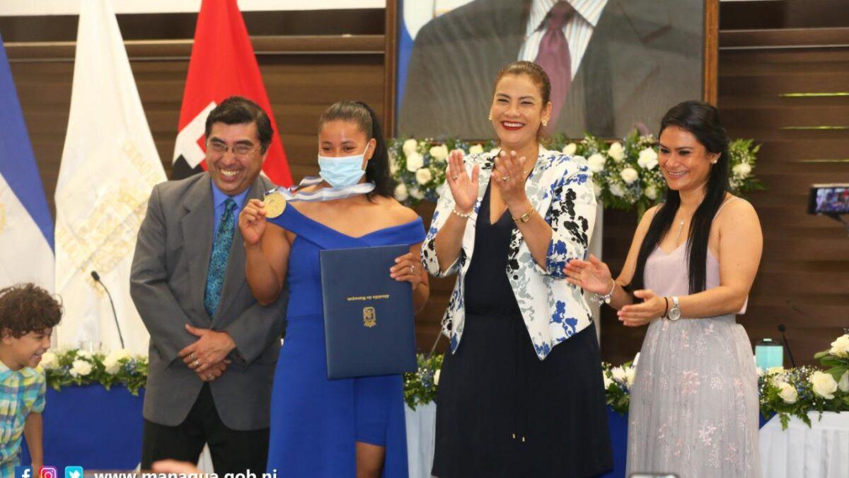 Seis deportistas condecorados con la Orden Alexis Argüello