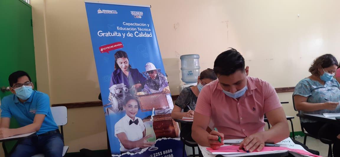 Docentes del Inatec fortalecen conocimientos sobre innovación en Managua