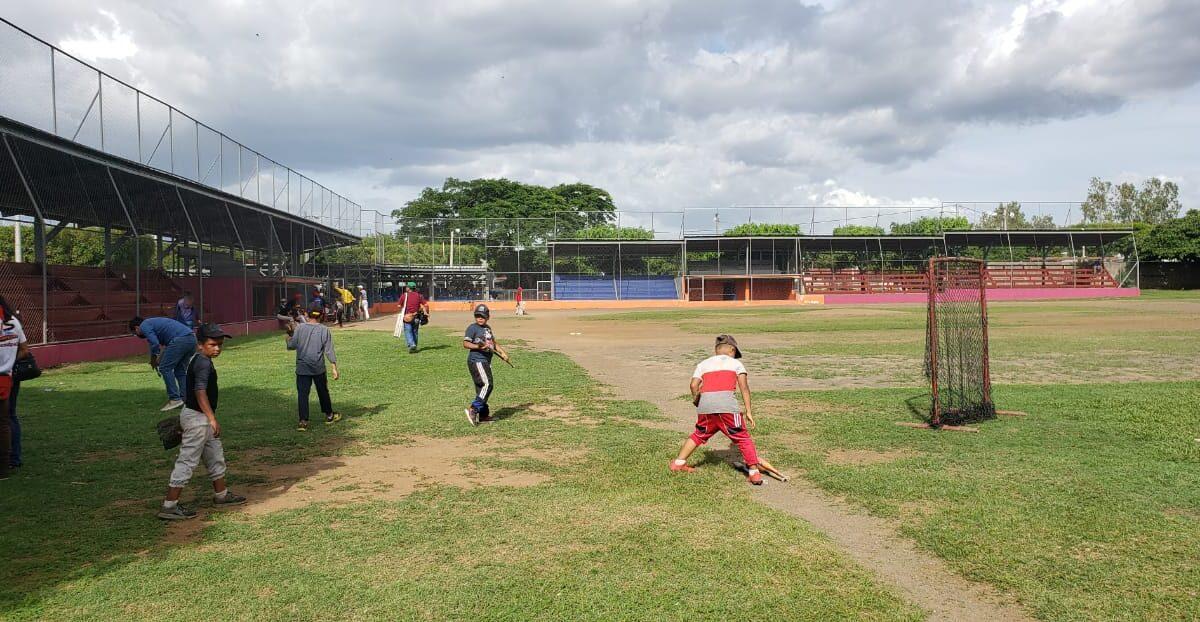 Estadio de béisbol en Ciudad Sandino tendrá sistema de iluminación