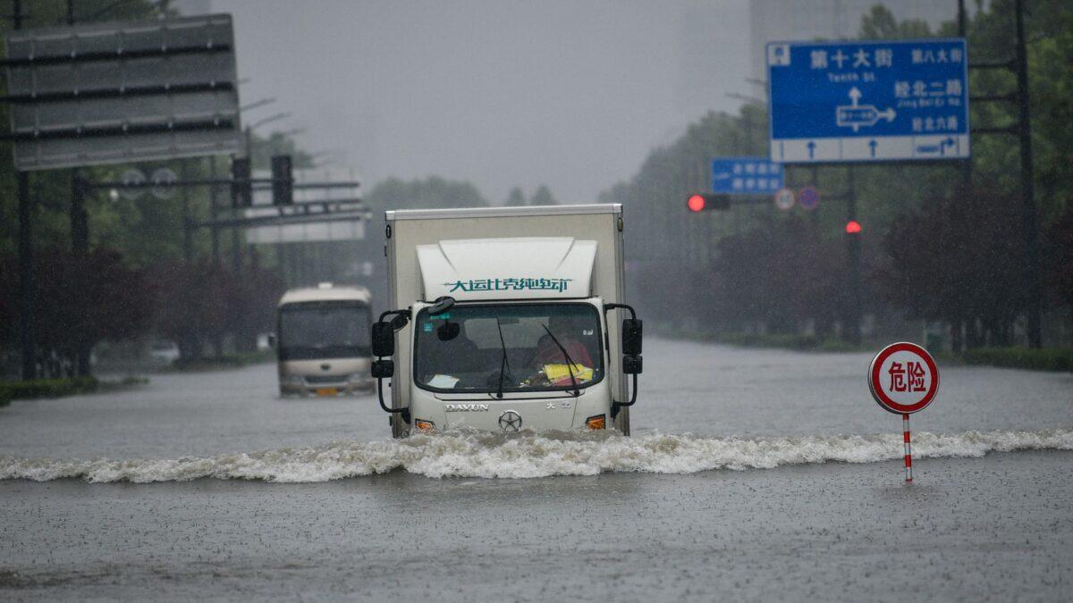 Fuertes lluvias provocan inundaciones en China dejando al menos 12 muertos