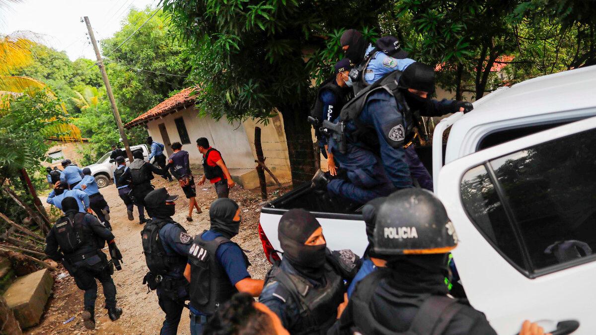 Linchan a italiano por asesinar a indigente en Honduras