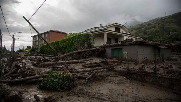 Varias localidades de Italia son azotadas por las fuertes inundaciones