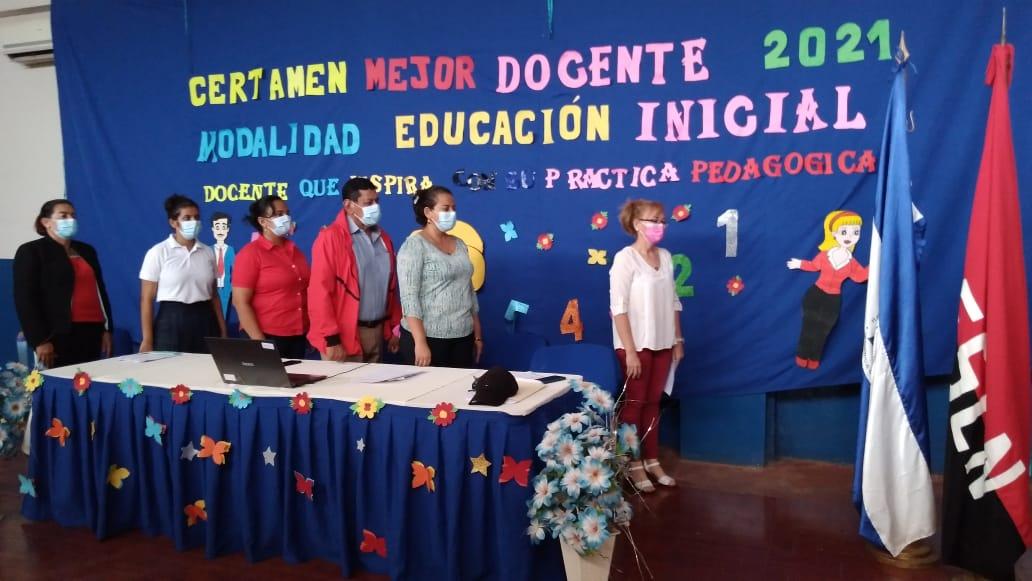 15 docentes de educación inicial participan en Certamen del Mejor Docente