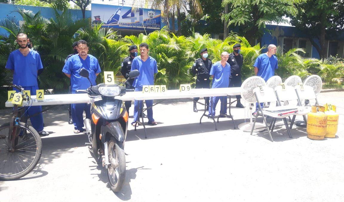 Policía Nacional presenta sujetos por cometer delitos en Chinandega