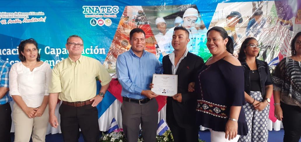 Centro Tecnológico de Jinotepe certifica a estudiantes egresados