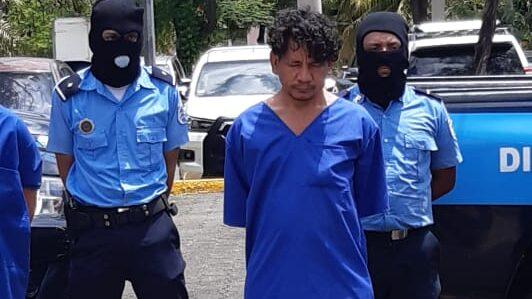 Tras las rejas sujeto que mató a mujer en el mercado Oriental