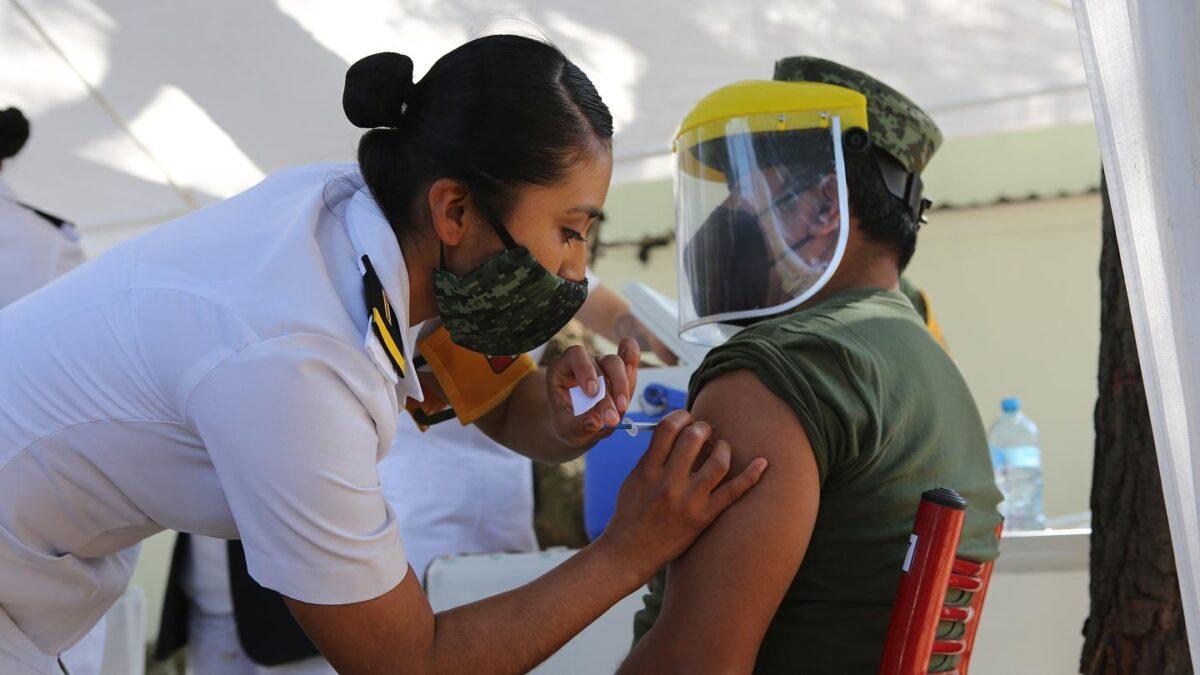 Vacuna Sputnik V será aplicada a personas mayores de 18 años en Chile