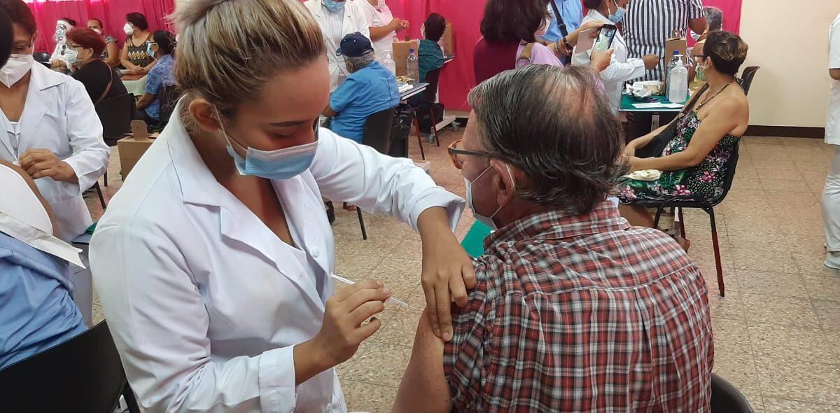 Jornada de vacunación continúa en Managua y Chontales