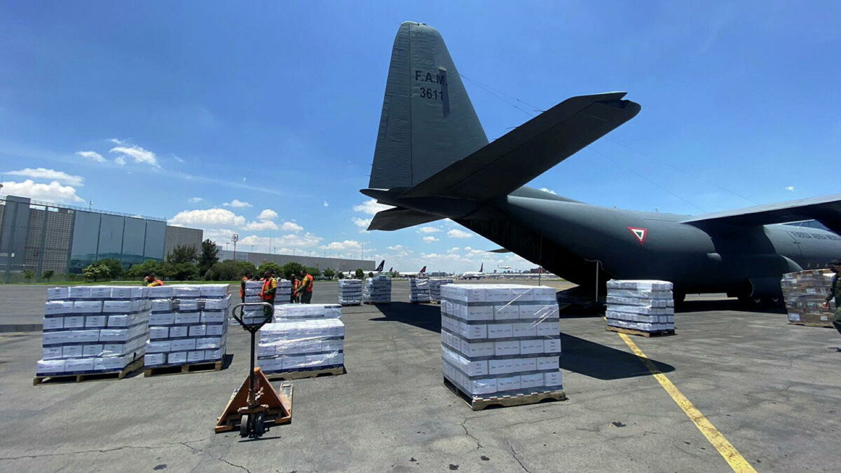 México: envían avión con ayuda humanitaria a Haití