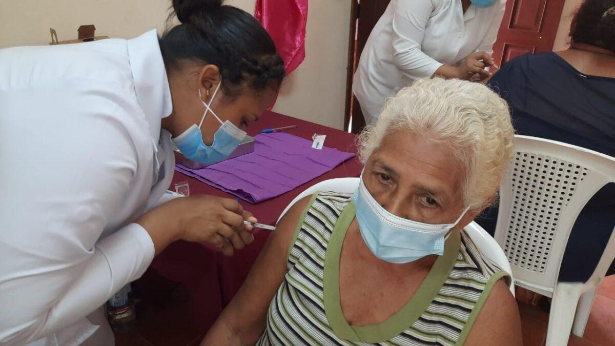 Este jueves 19 de agosto continúa la jornada de vacunación voluntaria contra la Covid-19