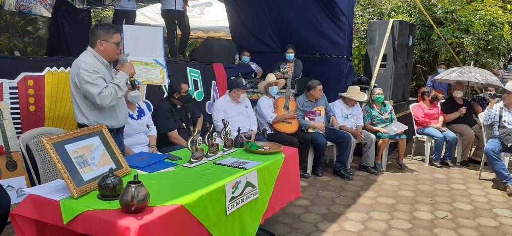 Rinden homenaje a los «Soñadores de Sarawasca» por su aporte a la cultura musical