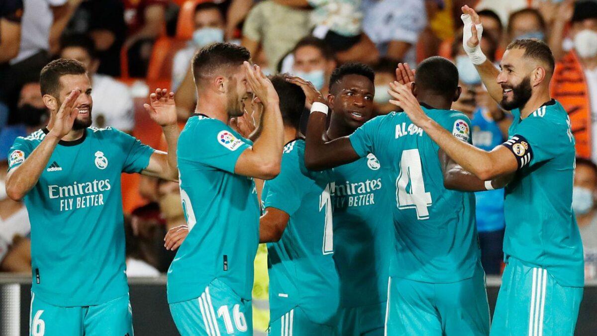Real Madrid obtiene el liderato de LaLiga tras vencer al Valencia