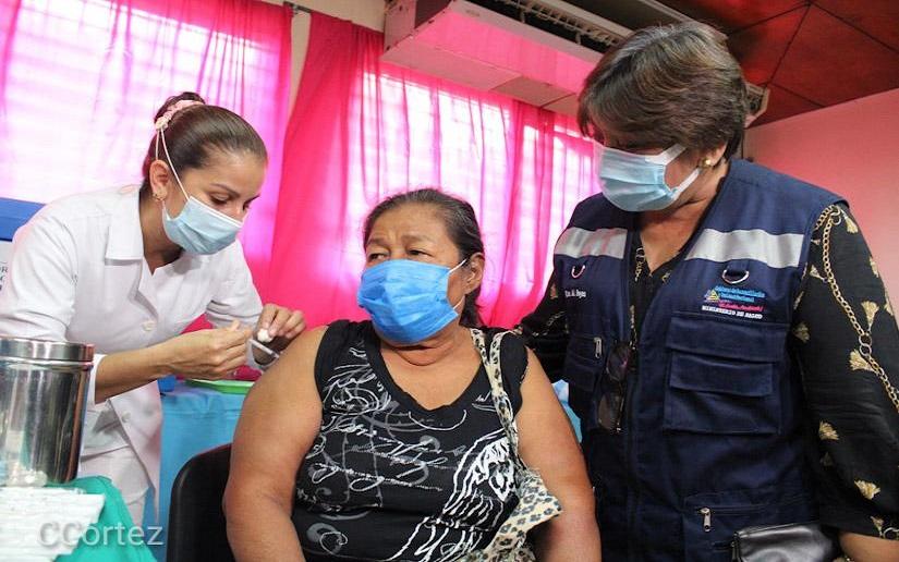 Nicaragua continúa aplicando voluntariamente la vacuna contra la Covid-19