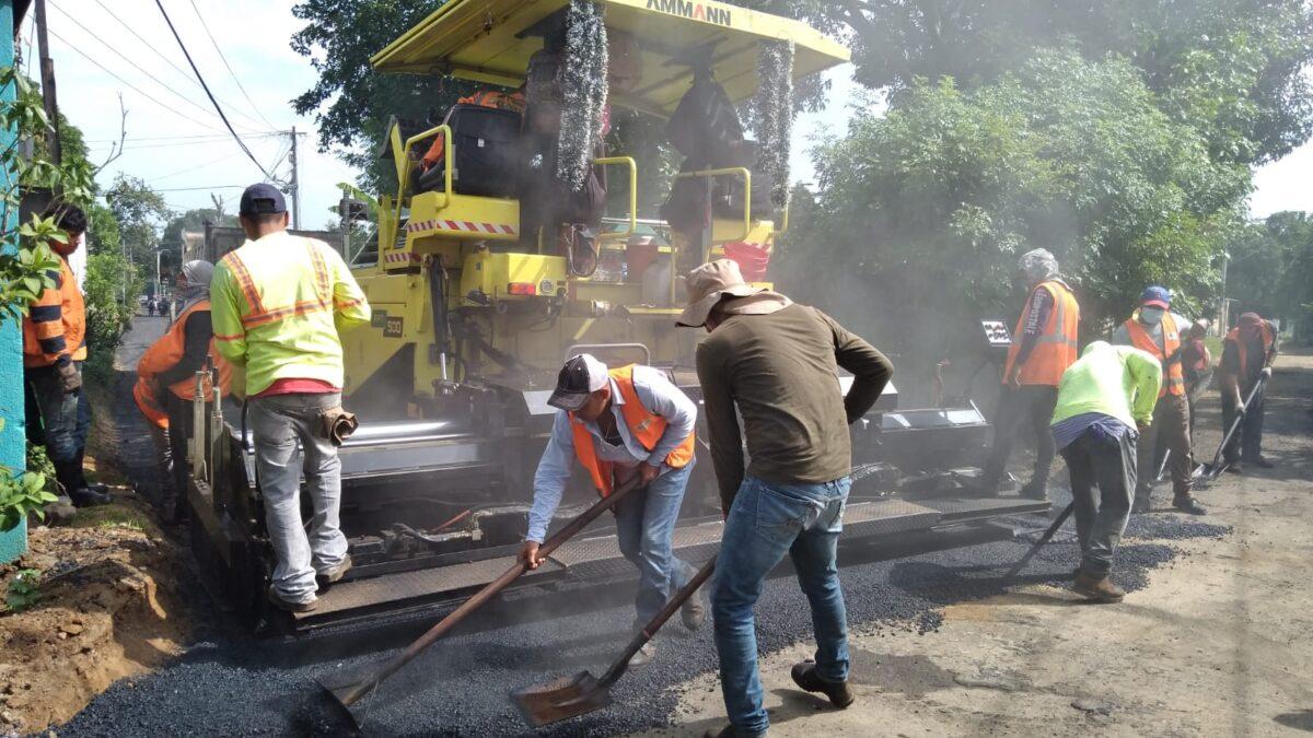 Proyecto de mejoramiento vial avanza un 73% en el barrio Villa Venezuela