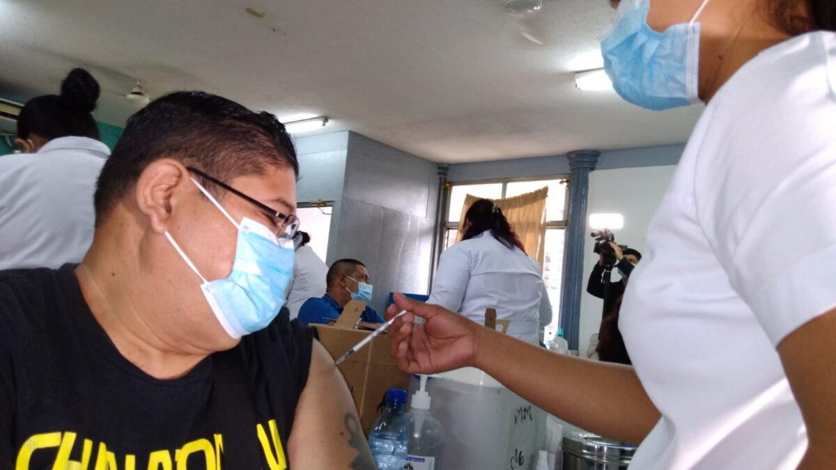 Ágil y ordenada avanza vacunación contra la Covid-19 en Managua