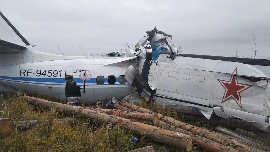 Mueren al menos 16 personas en un accidente de avión en Rusia